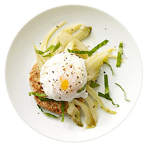 Poached egg with fennel