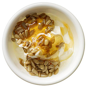 Yogurt with sunflower seeds and honey