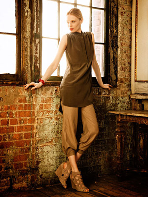 Model in earthy colors