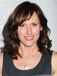 Molly Shannon as a mom