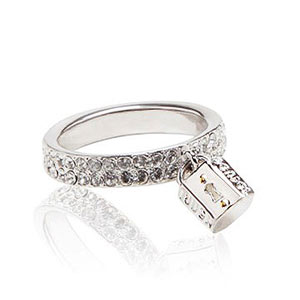 Henri Bendel lock ring