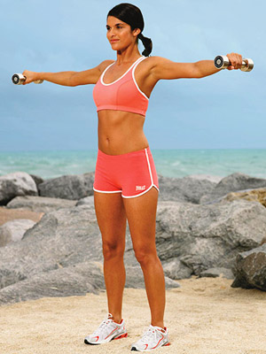 woman doing lateral raise