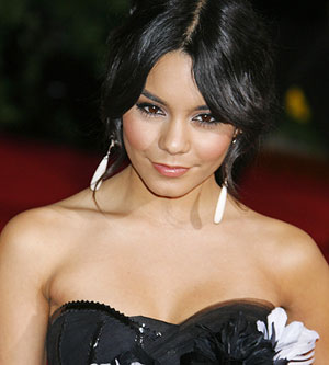 Vanessa Hudgens at the 2009 Oscars