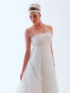 wedding dress with spaghetti straps