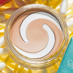 CoverGirl & Olay Concealer