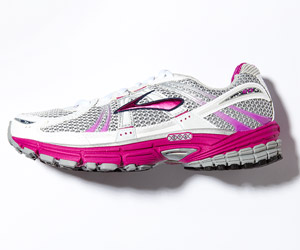 Brooks Adrenaline GTS 12 sneakers