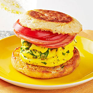 Bacon-and-Egg Sandwich recipe