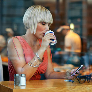 cell-phone-and-coffee