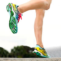 Minimalist running, forefoot striking