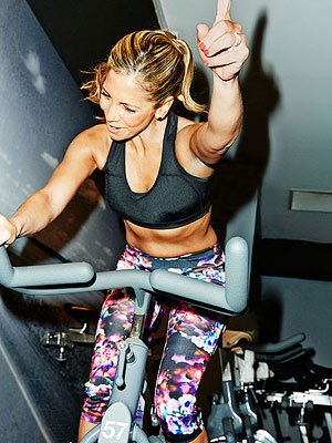 Jolie Walsh spinning sports bra