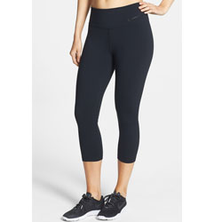 Nike Legendary Dri-FIT Tight Fit Capris