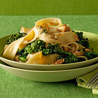Fettuccine with Spicy Sausage and Broccoli Rabe