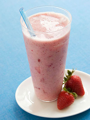 Strawberry Banana & Flax Smoothie