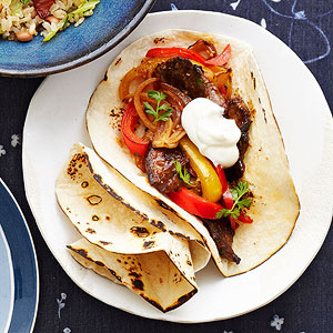 Spicy Beef and Pepper Fajitas recipe