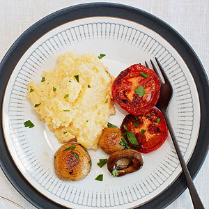 Cheddar Grits with Tomatoes, Mushrooms and Crispy Bacon