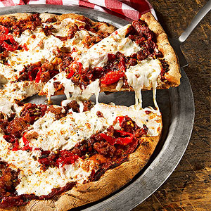 Italian Chicken Sausage and Sweet Pepper Pizza | Fitness Magazine