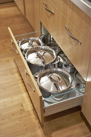 Pullout Drawer Utensil Storage
