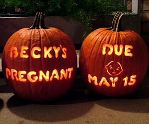 pregnancy announcment pumpkin