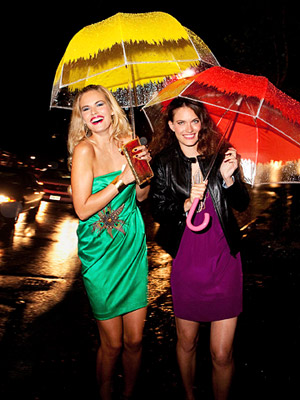 Models with umbrellas