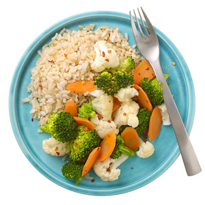 stir-fry of broccoli, cauliflower and carrots