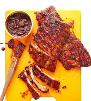 Finger-Licking Ribs with Kansas City Barbecue Sauce