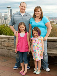 Ryan and Rhiann McDonald & daughters Paige and Peyton