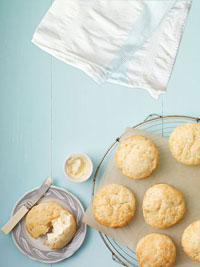 Katie Lee?s Sage Buttermilk Biscuits