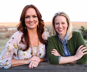 Ree Drummond and Tara Bench