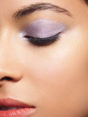 Model with light purple eyeshadow