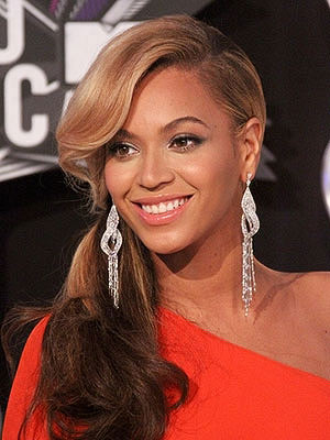 Beyonce Knowles ponytail hairstyle