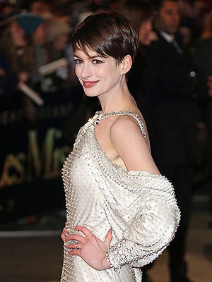 Anne Hathaway's Pixie Cut