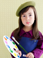 little girl as a painter