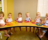 sextuplets eating