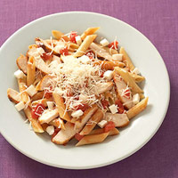 Penne pasta and chicken