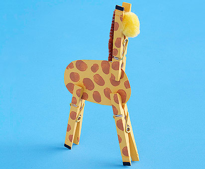 Clothespin Giraffe