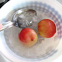 nectarine in ice bath