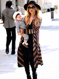 Rachel Zoe and baby Skylar