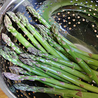 Rinse the Asparagus