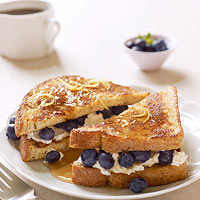 Blueberry-ricotta stuffed french toast