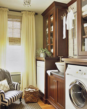 elegent laundry room