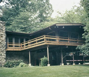 house exterior with deck