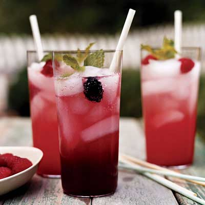mixed berry cocktails
