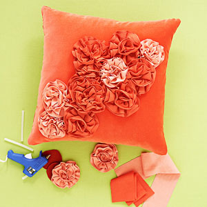 No-Sew Throw Pillow Designs