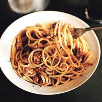 Linguine with Rach's Cupboard Red Clam Sauce