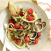 Spaghetti and Clam Sauce with Grape Tomatoes