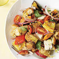 Mozzarella and Grilled Pepper Salad with Croutons