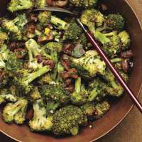 Pan-Roasted Broccoli & Chestnuts