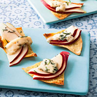Blue Cheese-Pear Crisps