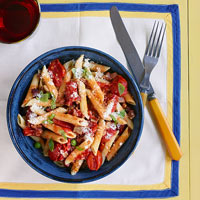 Pasta with Grape Tomatoes, Ham and Peas