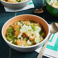 Zucchini & Fennel Soup with Garlic Croutons